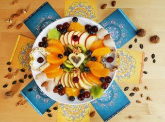 Leto na tanieri – tropické ovocie pre zdravý žalúdok