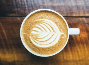 Kedy je káva zdravá a môžeme vďaka nej schudnúť?