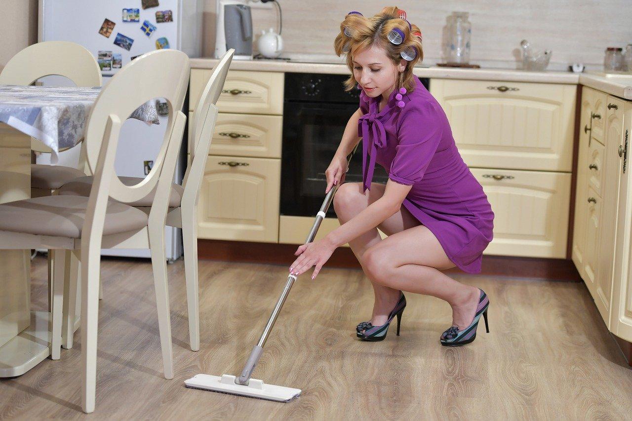 umývanie podlahy